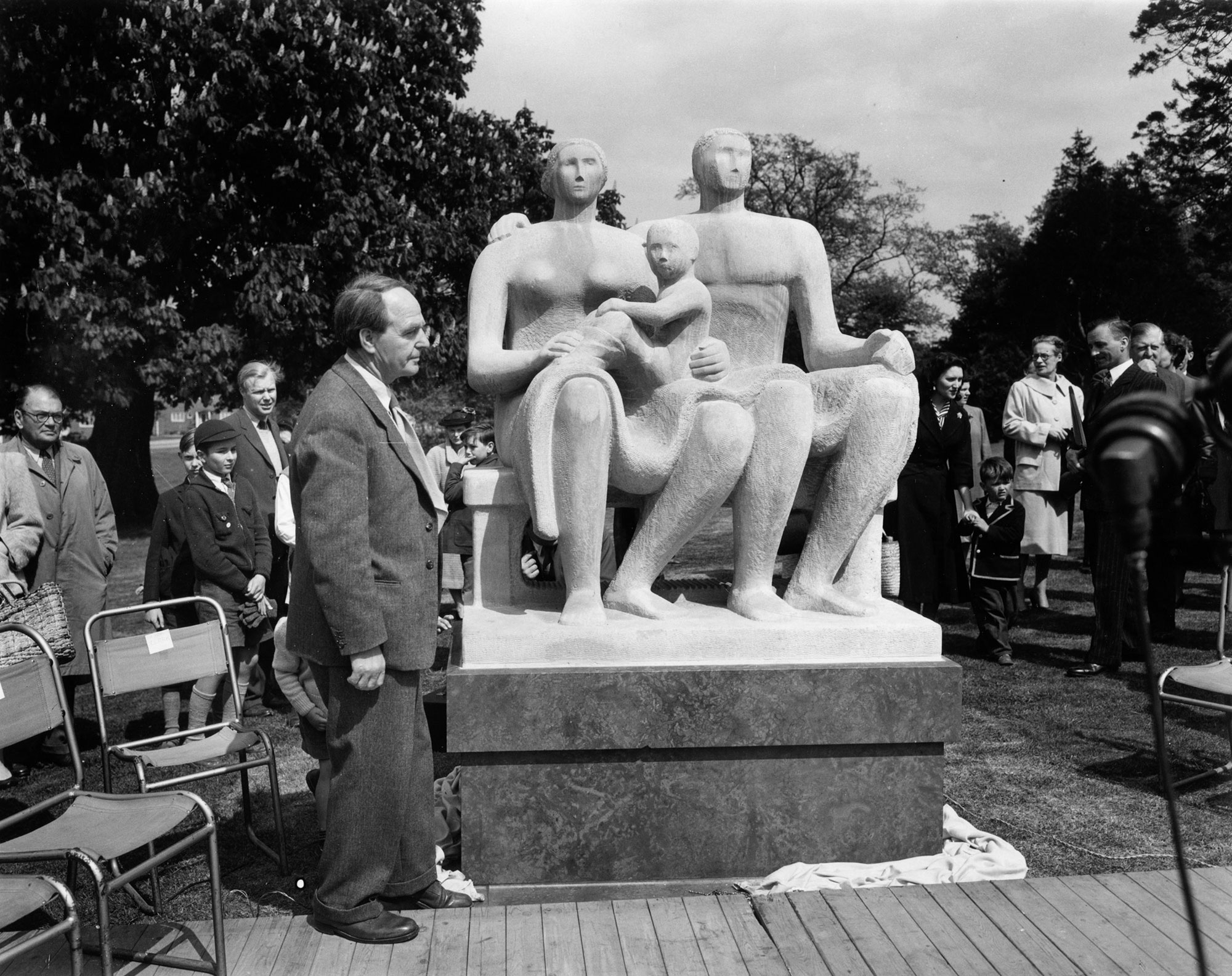 May 1956: Henry Moore in Harlow New Town for the unveiling of Harlow Family Group 1954-55