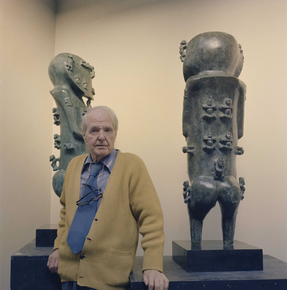 Henry Moore with cast of A'a