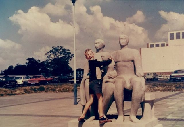 Sculptural Citizens: Henry Moore's Harlow Family Group
