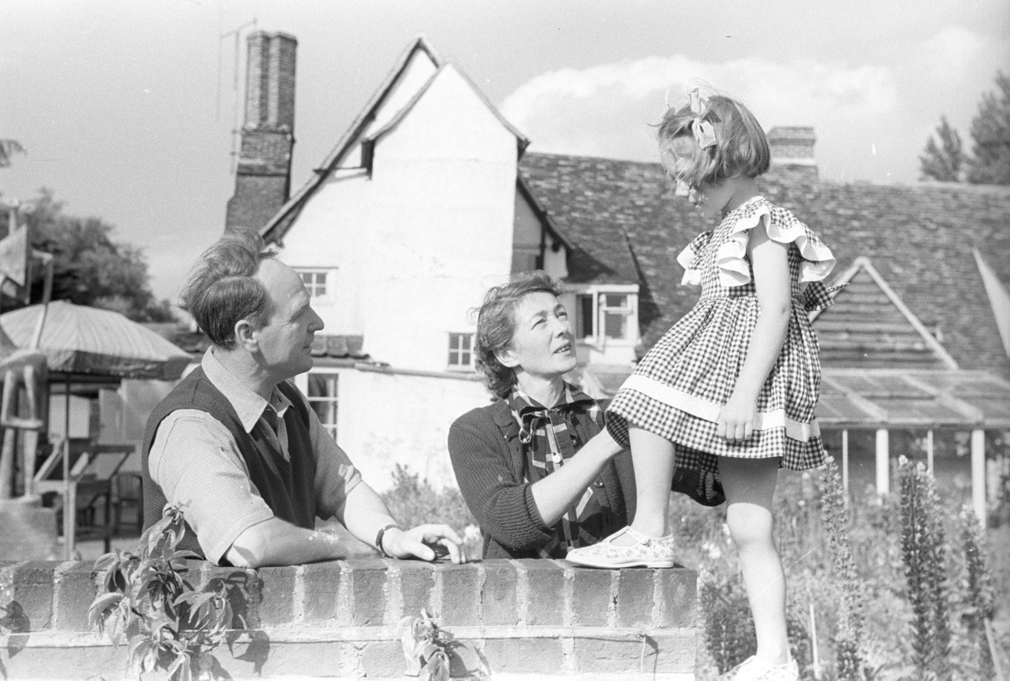Henry, Irina and Mary Moore in the garden at Hoglands, Perry Green. <i>c</i>Late 1940s.