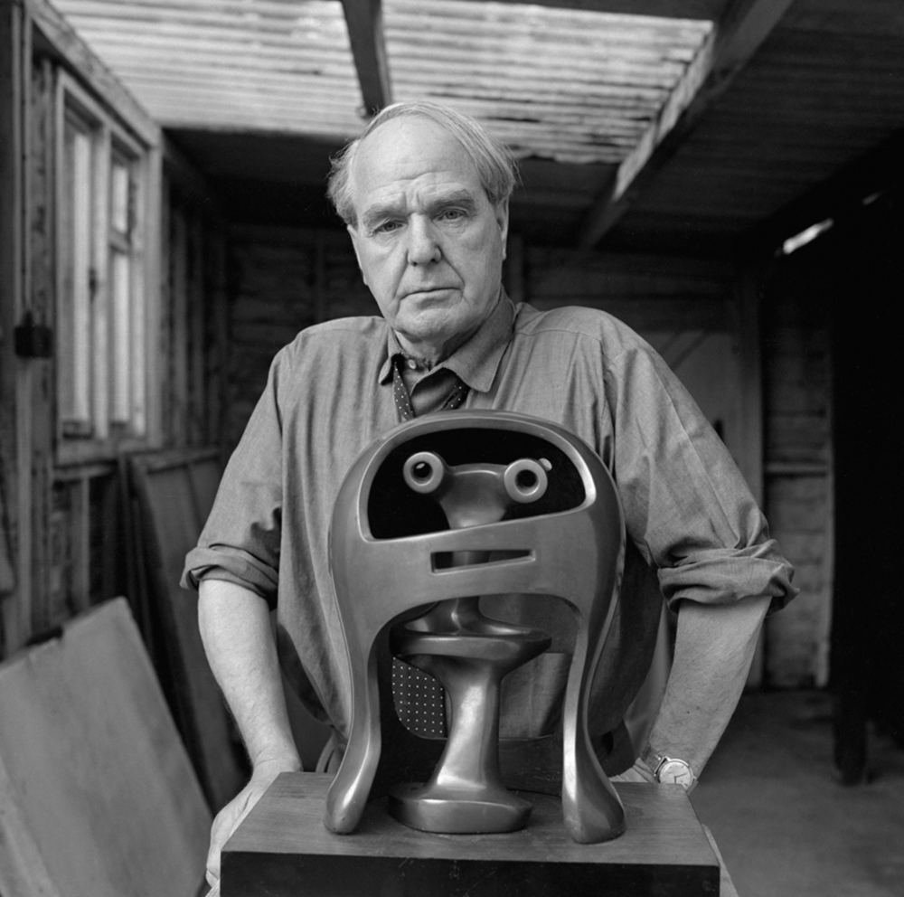 Henry Moore with 'Helmet Head No.2' 1950 bronze (LH 281) at Perry Green
