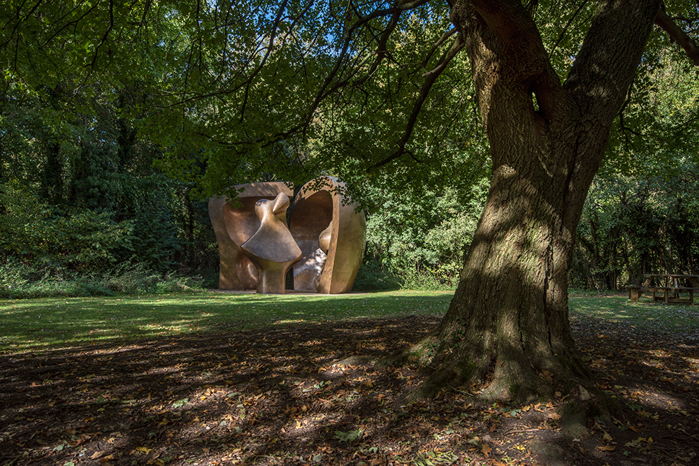 Henry Moore, 'Large Figure in a Shelter' 1985-86