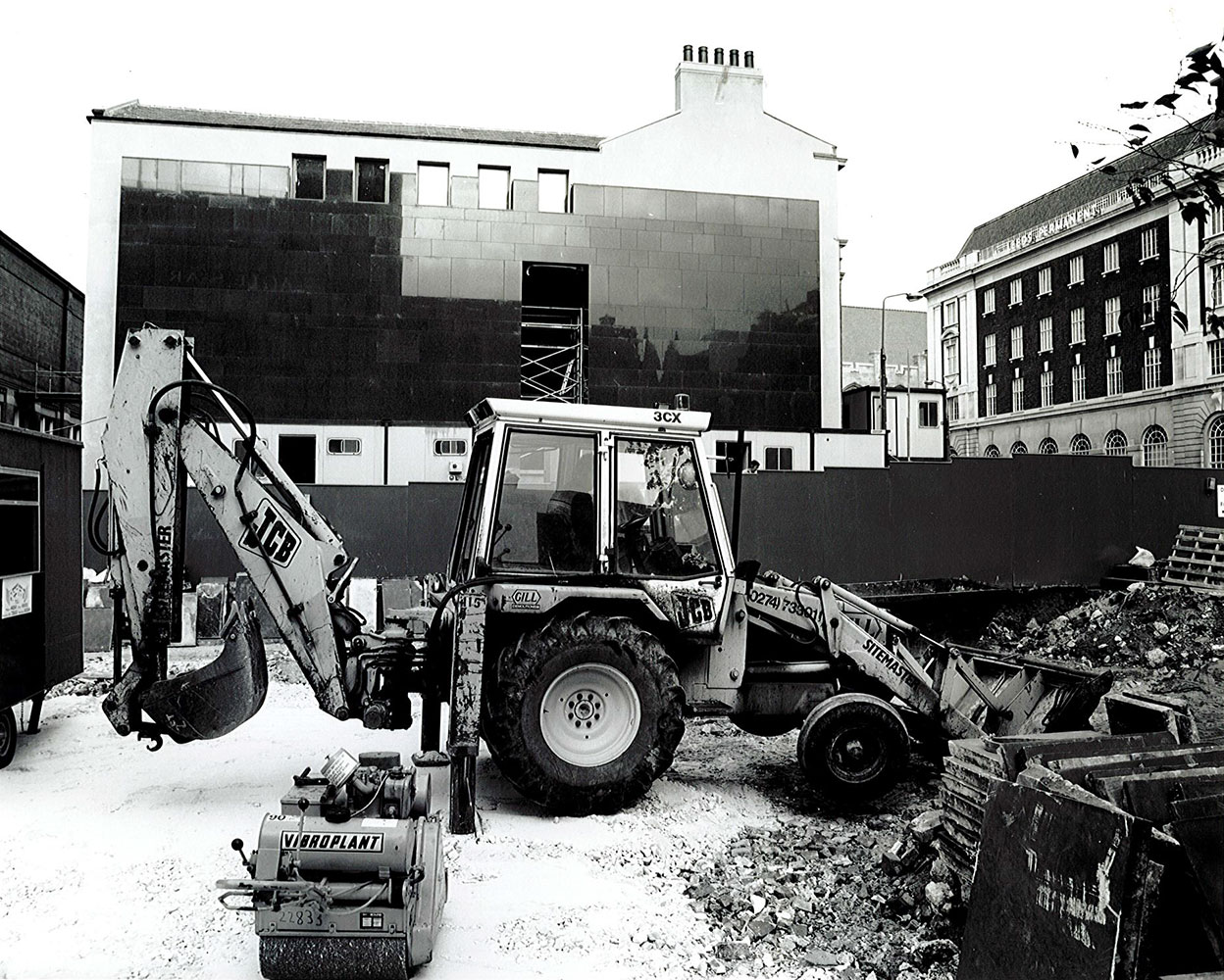 Construction work on Victoria Gardens and the newly built front entrance of the Henry Moore Institute.