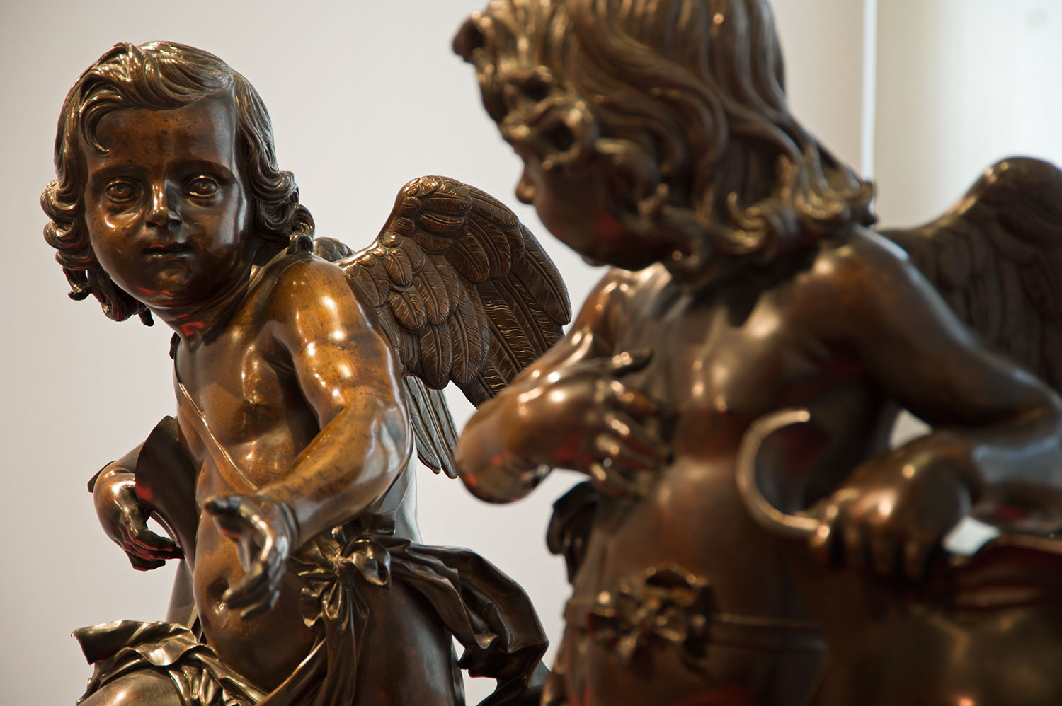 Ferdinando Tacca, 'Pair of Putti Holding Shields' (1650-5, bronze)