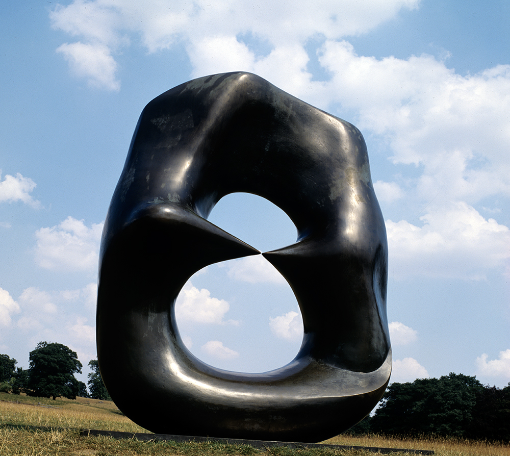 Henry Moore, 'Oval with Points' 1968-70