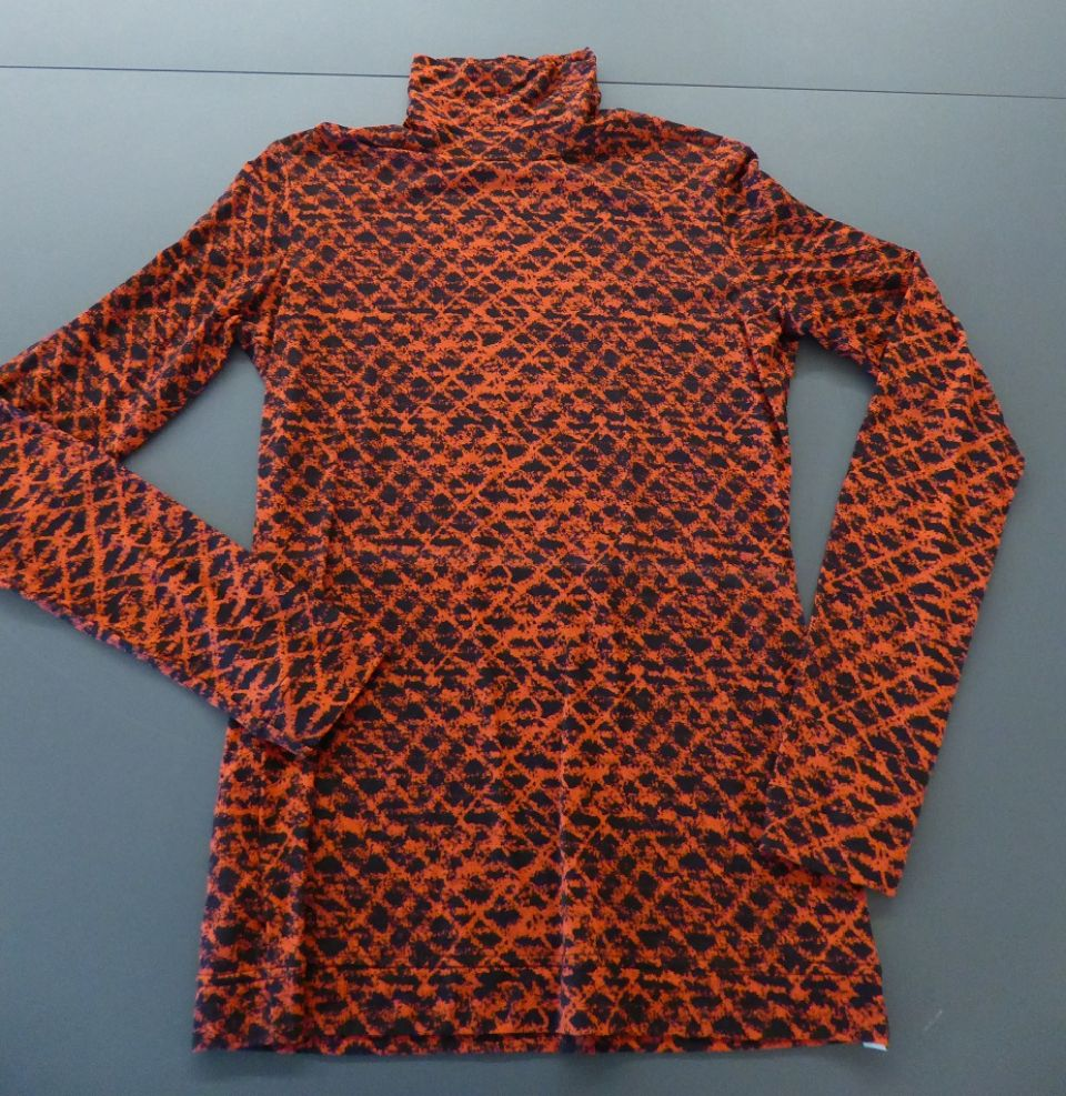 Paul Smith polo neck top with red pattern