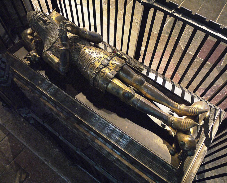 Cast gilt copper-alloy tomb effigy of Edward the Black Prince (d. 1376), Canterbury Cathedral.