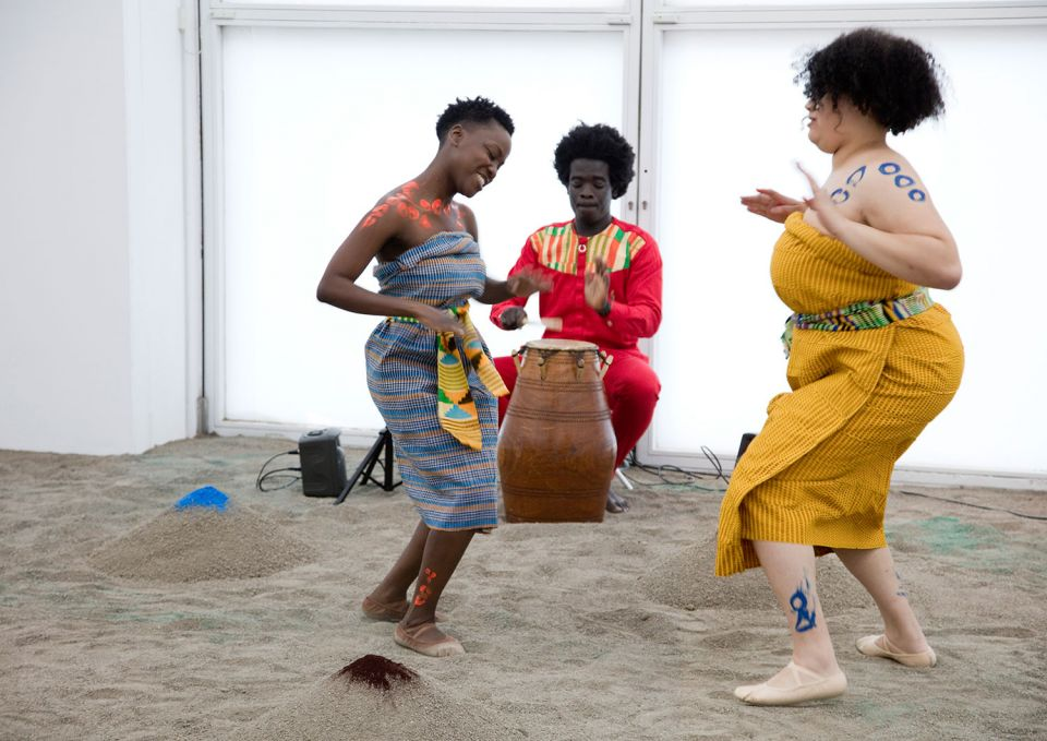 Enam Gbewonyo, Carmen Okome and Nii Kwartey Owoo deliver the performance piece agbegbɔgbɔ