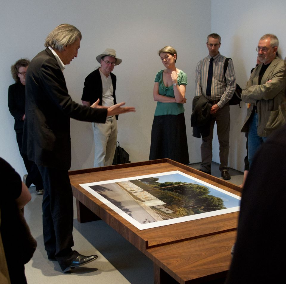 Jean-Marc Bustamante discussing his work at the opening of the exhibition 4