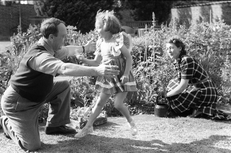 Mary Moore with parents Henry and Irina Moore, Hoglands garden c.1950