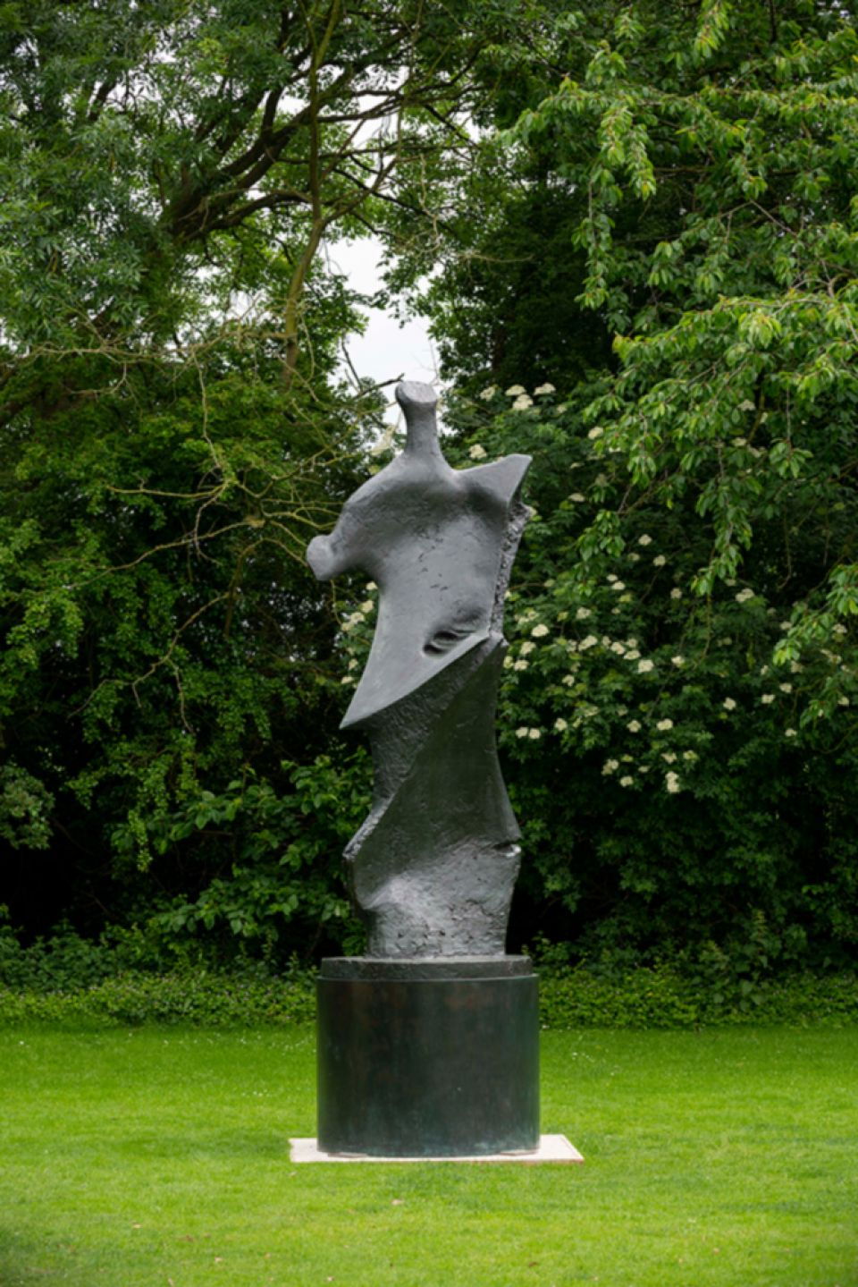 Henry Moore, 'Large Standing Figure: Knife Edge' 1961