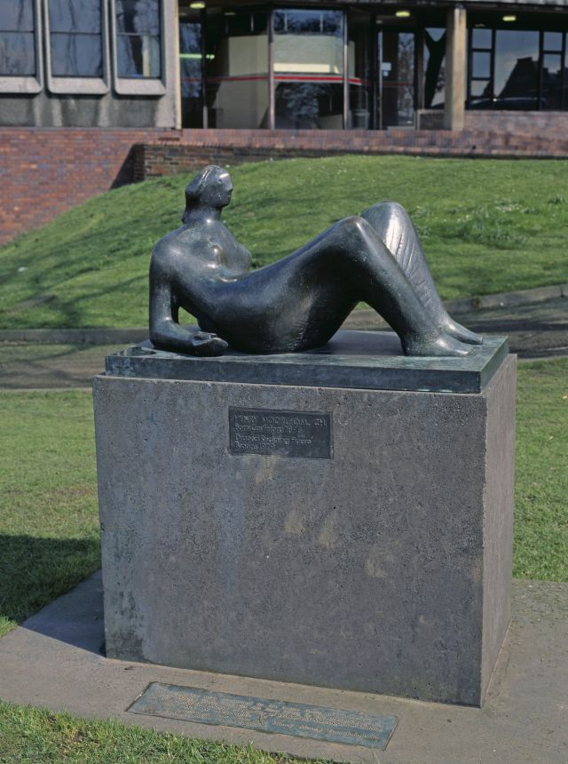 Working Model for Draped Reclining Figure