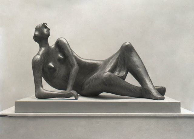 Reclining Figure No.4