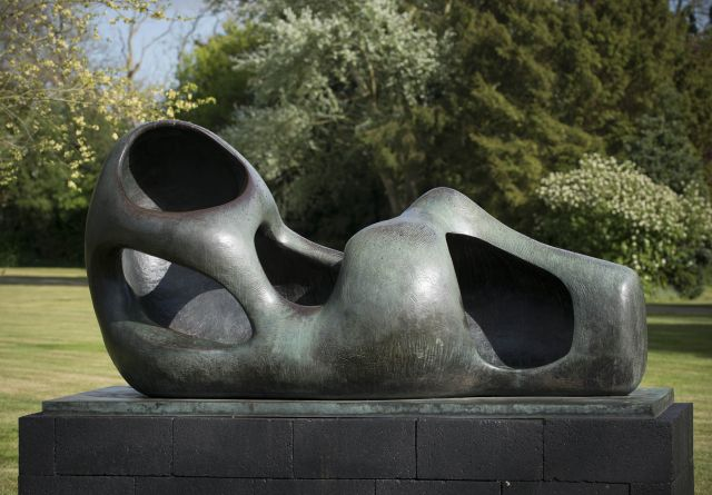 Reclining Figure: External Form